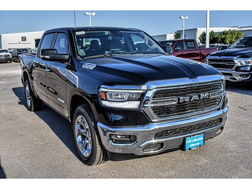 2019 Ram 1500 Crew Cab,  Pickup #KN509513 - photo 3