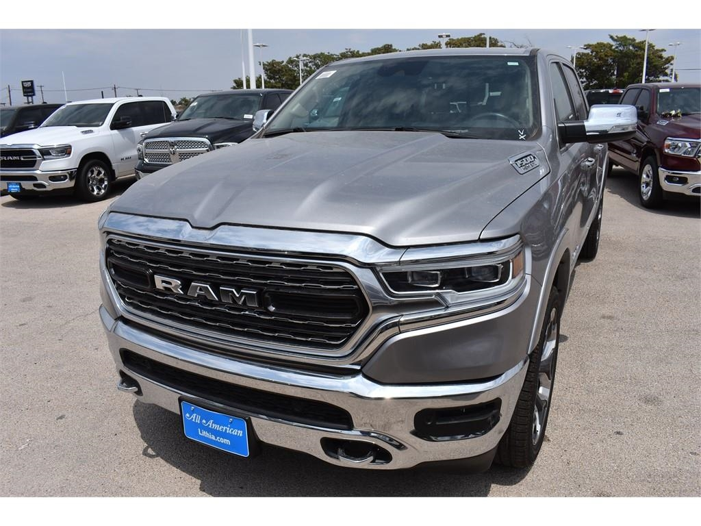 2019 Ram 1500 Crew Cab 4x2,  Pickup #KN509556 - photo 5