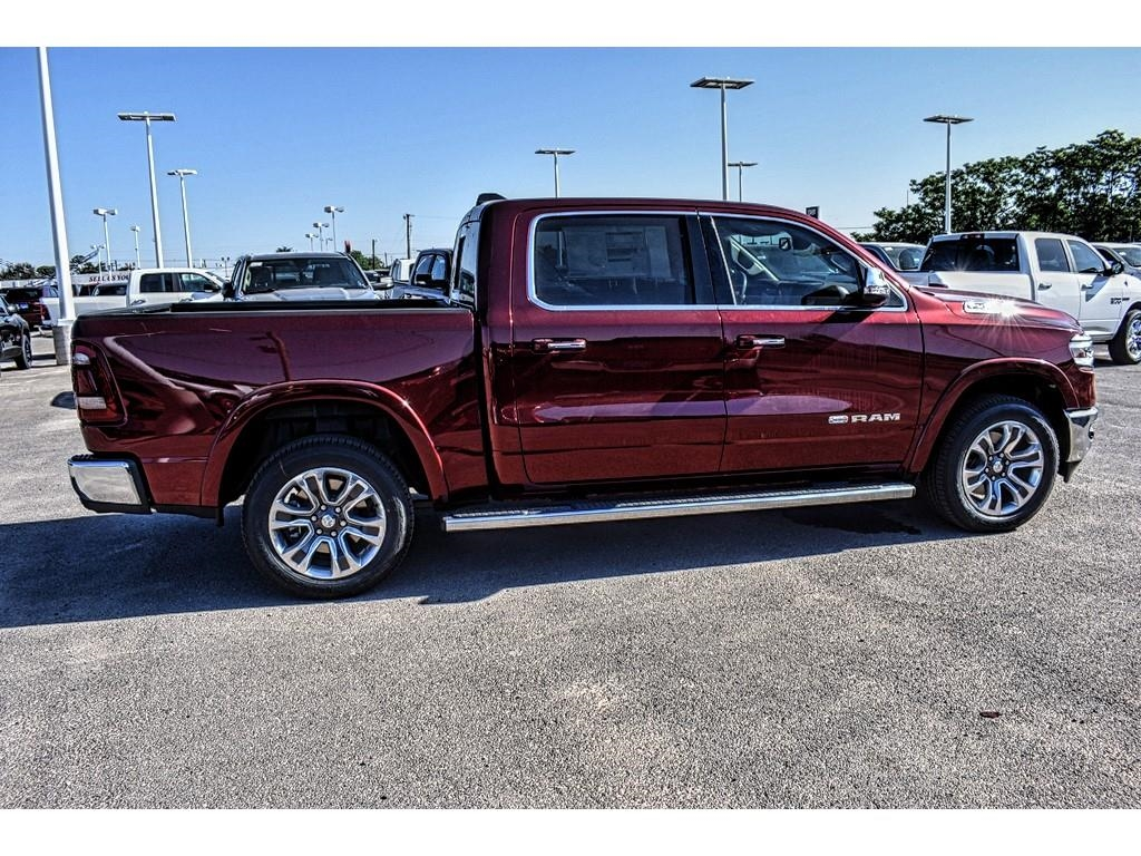 2019 Ram 1500 Crew Cab 4x4,  Pickup #KN528812 - photo 12