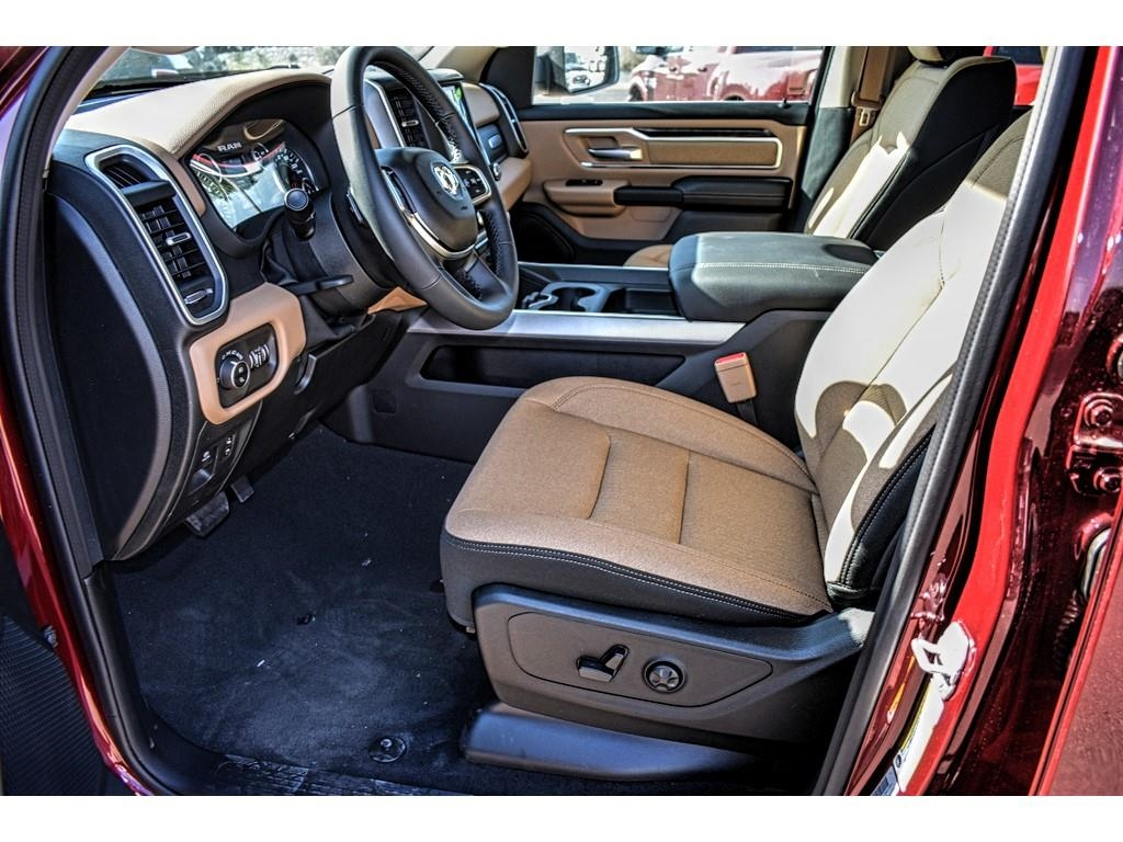 2019 Ram 1500 Crew Cab 4x2,  Pickup #KN535352 - photo 19