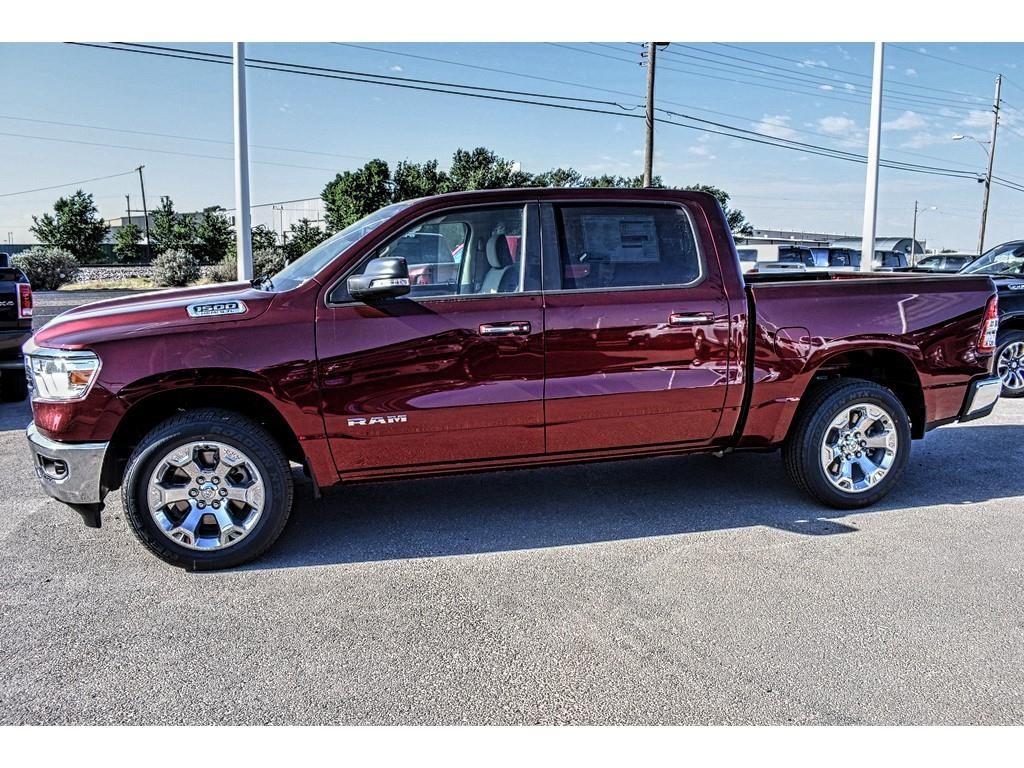 2019 Ram 1500 Crew Cab 4x2,  Pickup #KN535352 - photo 7