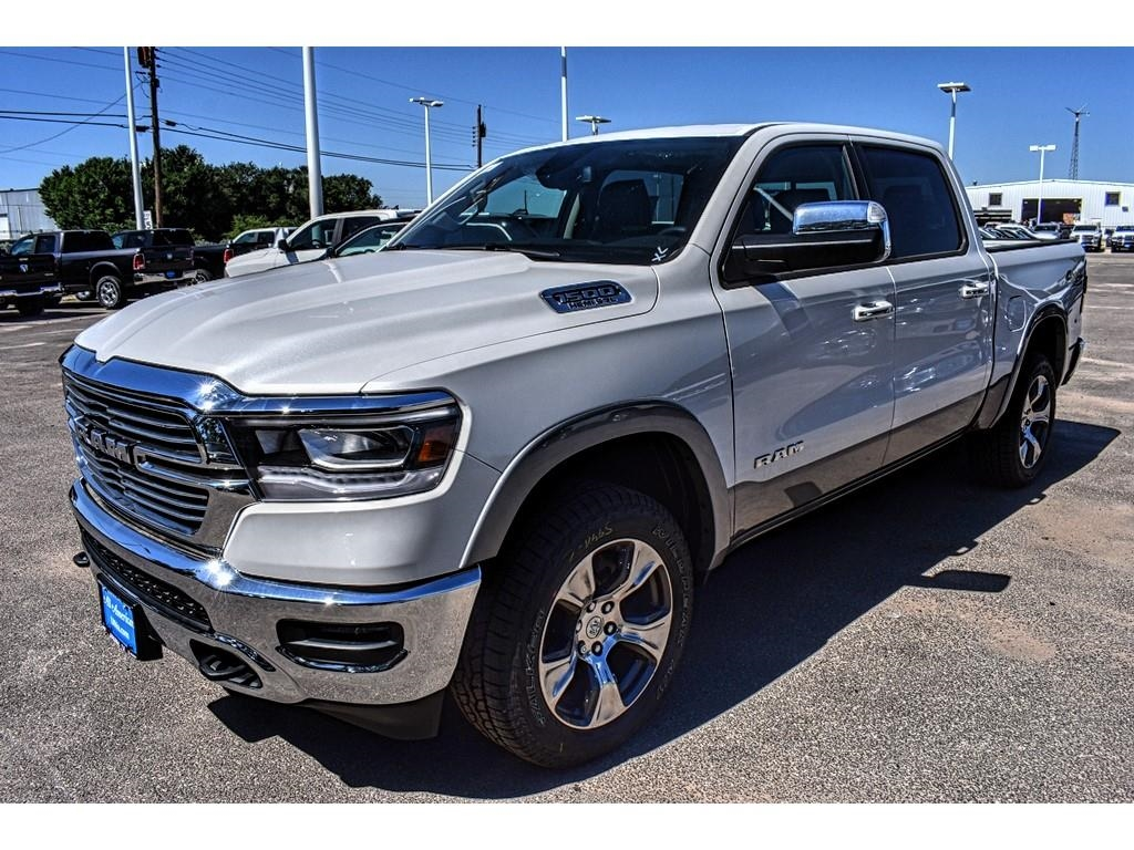 2019 Ram 1500 Crew Cab 4x4,  Pickup #KN550299 - photo 6
