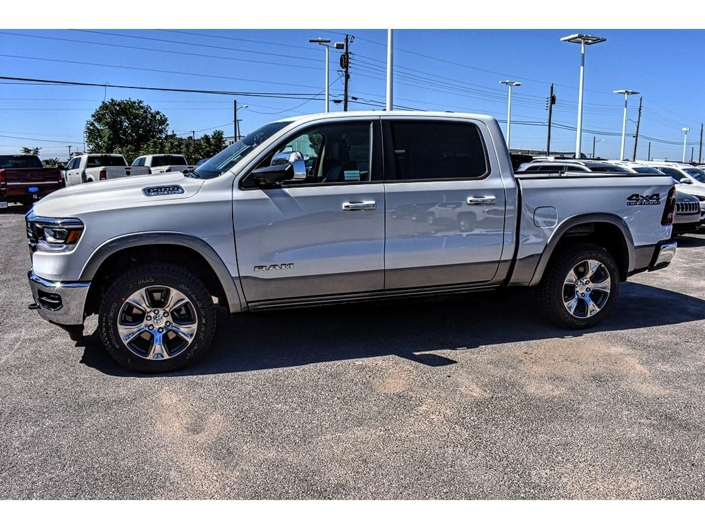 2019 Ram 1500 Crew Cab 4x4,  Pickup #KN550299 - photo 7