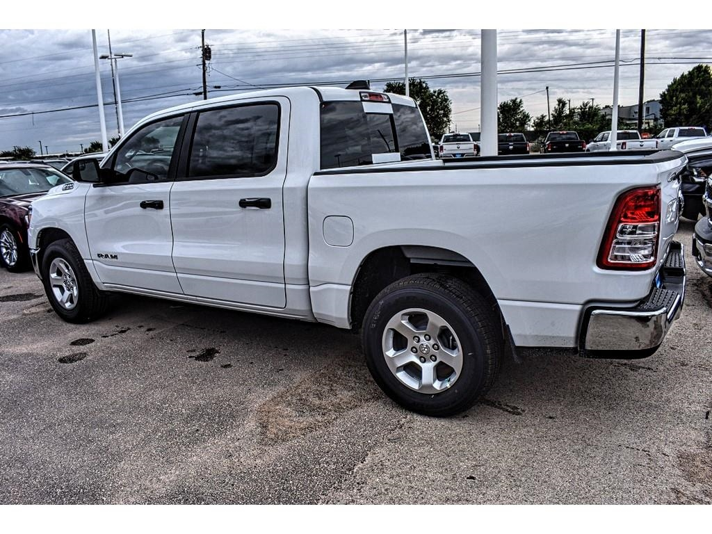 2019 Ram 1500 Crew Cab 4x2,  Pickup #KN567627 - photo 8