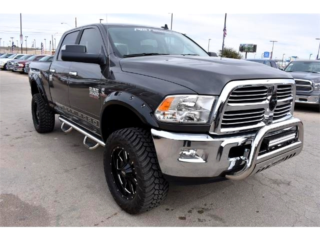 2017 Ram 3500 Crew Cab 4x4, Pickup #HG545285 - photo 7