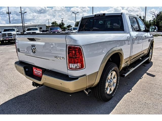 2017 Ram 2500 Crew Cab 4x4 Pickup #HG679297 - photo 2