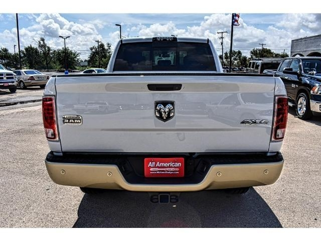 2017 Ram 2500 Crew Cab 4x4 Pickup #HG679297 - photo 4