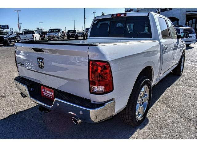 2017 Ram 1500 Crew Cab Pickup #HS506085L - photo 5