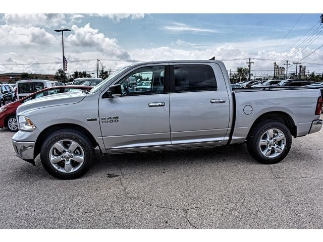 2017 Ram 1500 Crew Cab, Pickup #HS532937L - photo 3