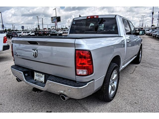 2017 Ram 1500 Crew Cab, Pickup #HS532937L - photo 5