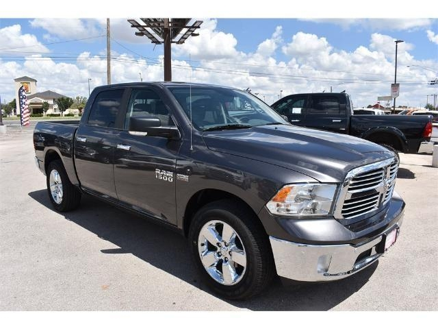 2017 Ram 1500 Crew Cab, Pickup #HS536382L - photo 9