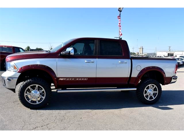 2017 Ram 1500 Crew Cab 4x4 Pickup #HS611504 - photo 6