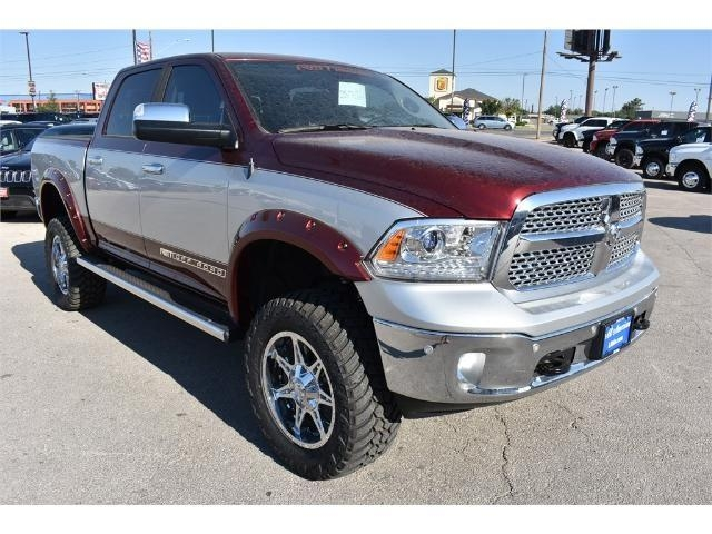 2017 Ram 1500 Crew Cab 4x4 Pickup #HS611504 - photo 8