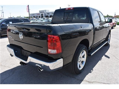 2017 Ram 1500 Crew Cab Pickup #HS708709 - photo 5