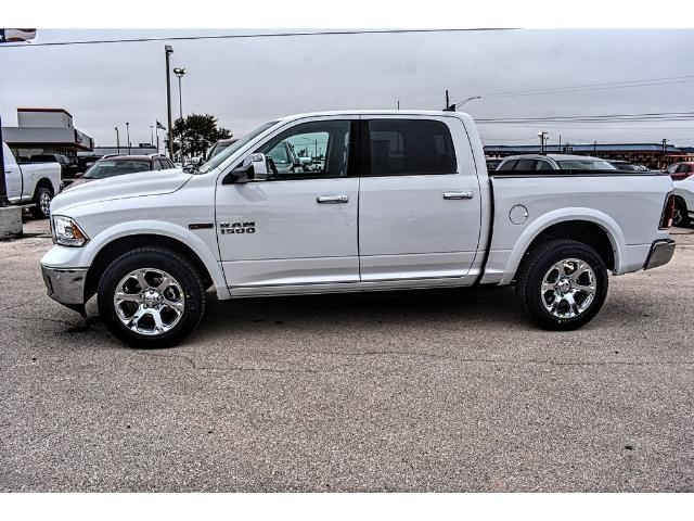2017 Ram 1500 Crew Cab 4x4 Pickup #HS875242 - photo 7