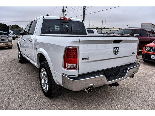 2017 Ram 1500 Crew Cab 4x4 Pickup #HS875242 - photo 8