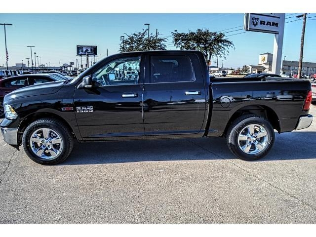 2017 Ram 1500 Crew Cab 4x4, Pickup #HS876077 - photo 7
