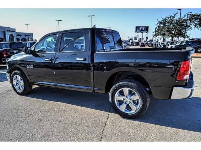 2017 Ram 1500 Crew Cab 4x4, Pickup #HS876077 - photo 8