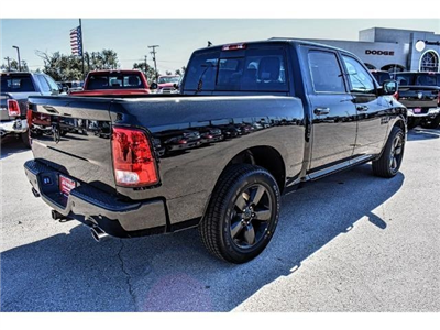 2018 Ram 1500 Crew Cab 4x4 Pickup #JG130933 - photo 2