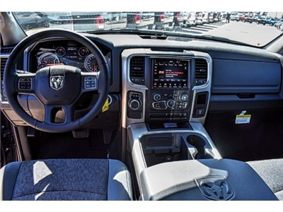 2018 Ram 1500 Crew Cab 4x4 Pickup #JG130933 - photo 17