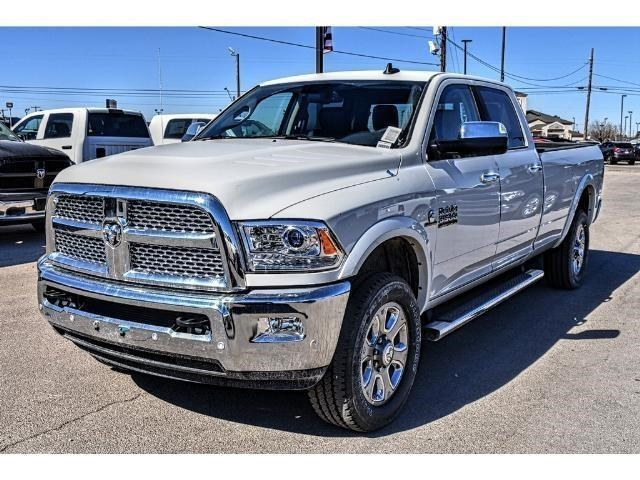 2018 Ram 3500 Crew Cab 4x4, Pickup #JG140716 - photo 5