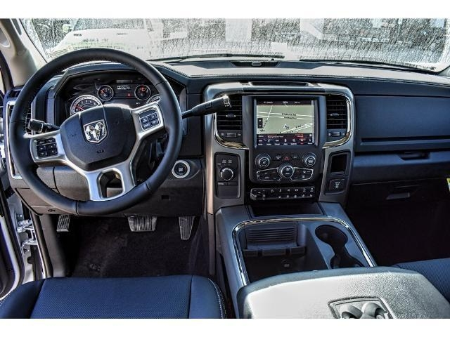 2018 Ram 2500 Crew Cab 4x4 Pickup #JG154123 - photo 17