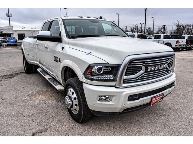 2018 Ram 3500 Crew Cab DRW 4x4, Pickup #JG163868 - photo 3