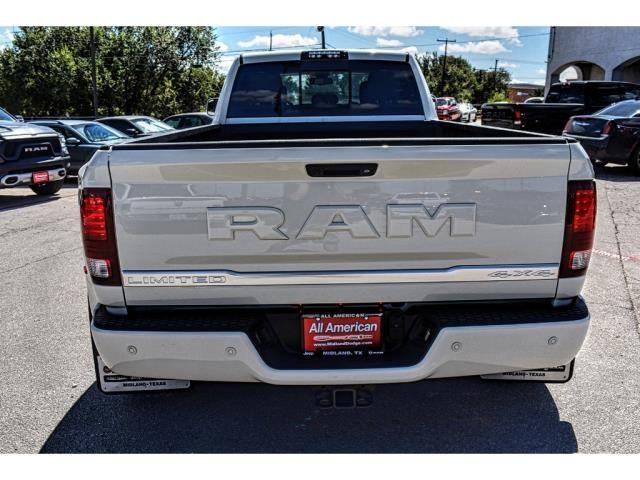 2018 Ram 3500 Crew Cab DRW 4x4,  Pickup #JG321960 - photo 10