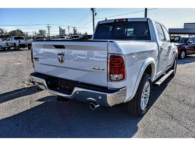 2018 Ram 1500 Crew Cab 4x4 Pickup #JS112396 - photo 11
