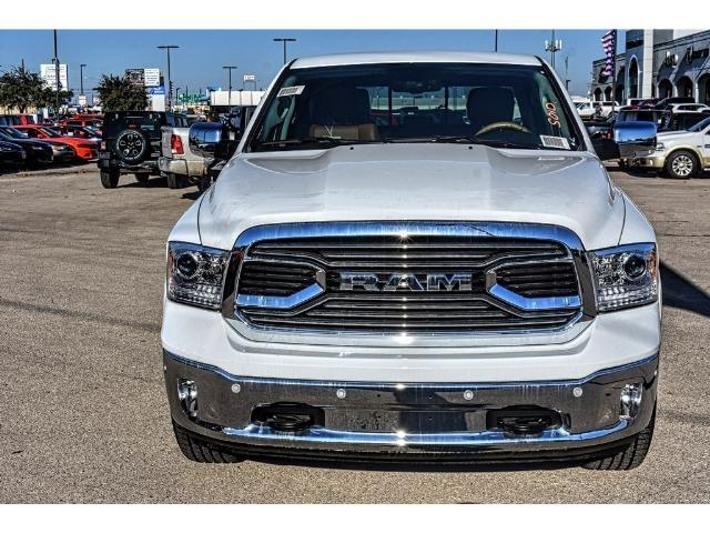 2018 Ram 1500 Crew Cab 4x4 Pickup #JS112396 - photo 4