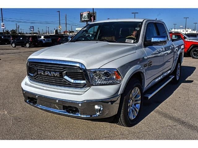 2018 Ram 1500 Crew Cab 4x4 Pickup #JS112396 - photo 5