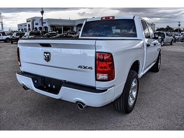 2018 Ram 1500 Crew Cab 4x4 Pickup #JS125065 - photo 11