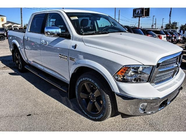 2018 Ram 1500 Crew Cab Pickup #JS125705 - photo 3