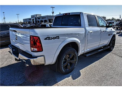 2018 Ram 1500 Crew Cab Pickup #JS125705 - photo 11