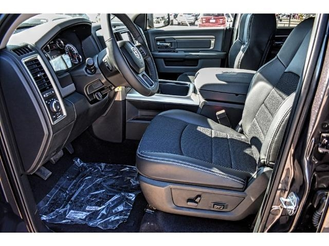 2018 Ram 1500 Crew Cab Pickup #JS127642 - photo 19