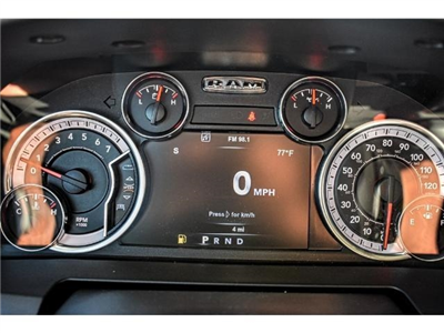 2018 Ram 1500 Crew Cab Pickup #JS127642 - photo 23