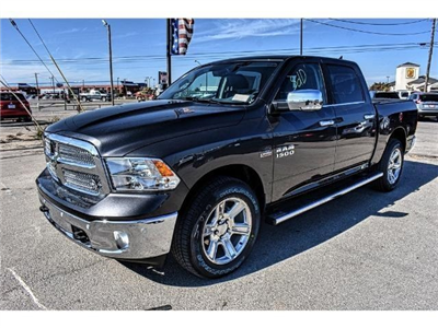 2018 Ram 1500 Crew Cab Pickup #JS127642 - photo 6