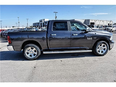 2018 Ram 1500 Crew Cab Pickup #JS127642 - photo 12