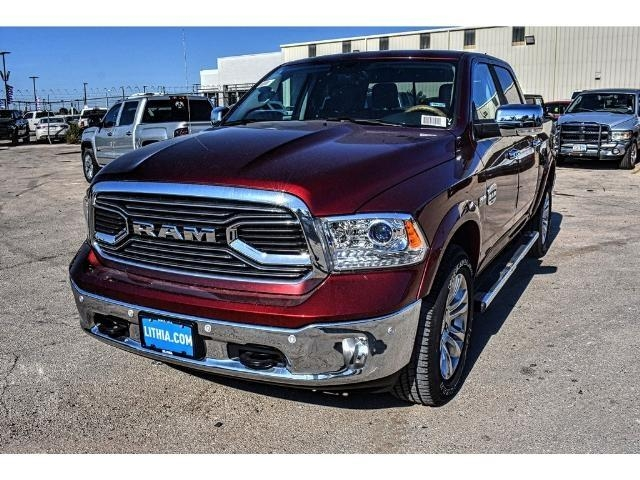2018 Ram 1500 Crew Cab 4x4 Pickup #JS130509 - photo 6