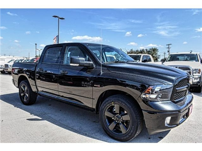 2018 Ram 1500 Crew Cab Pickup #JS132449 - photo 26