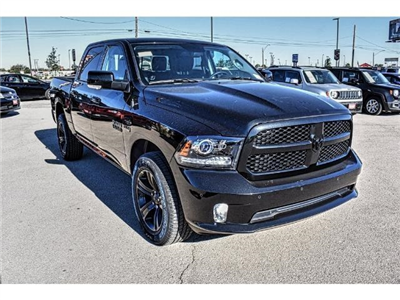 2018 Ram 1500 Crew Cab 4x4, Pickup #JS135123 - photo 3