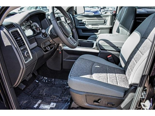 2018 Ram 1500 Crew Cab Pickup #JS147251 - photo 19