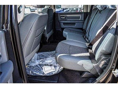 2018 Ram 1500 Crew Cab Pickup #JS147251 - photo 16