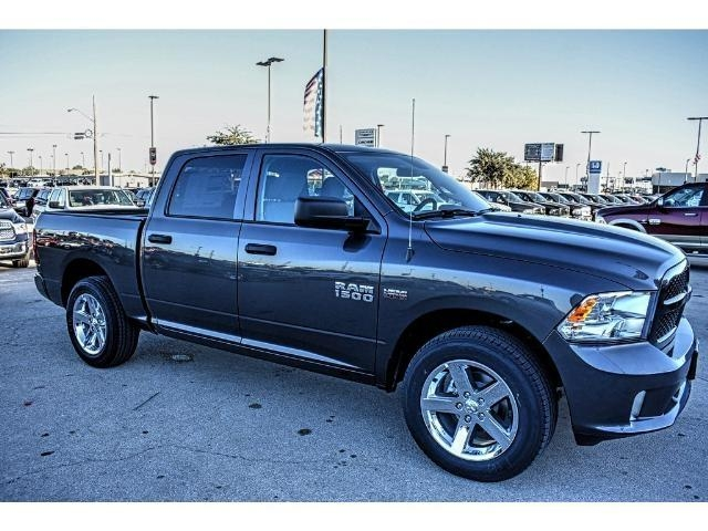 2018 Ram 1500 Crew Cab Pickup #JS155095 - photo 25