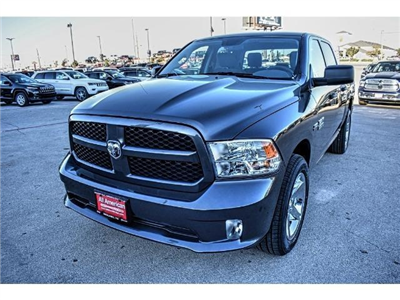 2018 Ram 1500 Crew Cab Pickup #JS155095 - photo 3