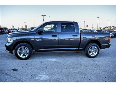 2018 Ram 1500 Crew Cab Pickup #JS155095 - photo 7