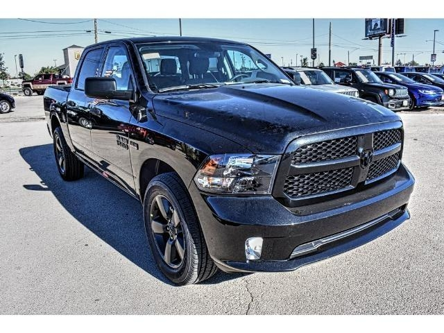 2018 Ram 1500 Crew Cab, Pickup #JS155096 - photo 3