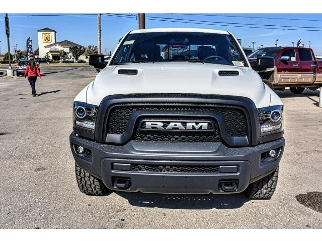 2018 Ram 1500 Crew Cab 4x4 Pickup #JS159315 - photo 4