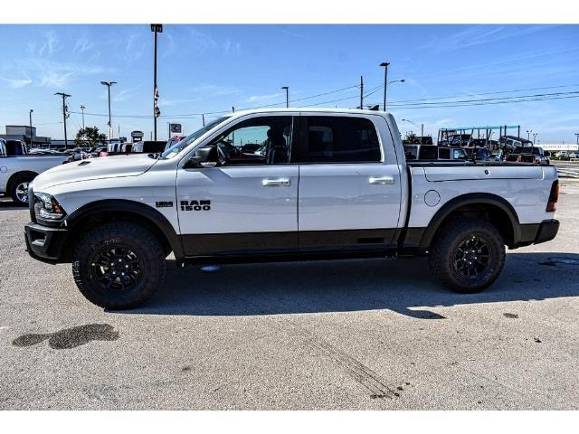 2018 Ram 1500 Crew Cab 4x4 Pickup #JS159315 - photo 7