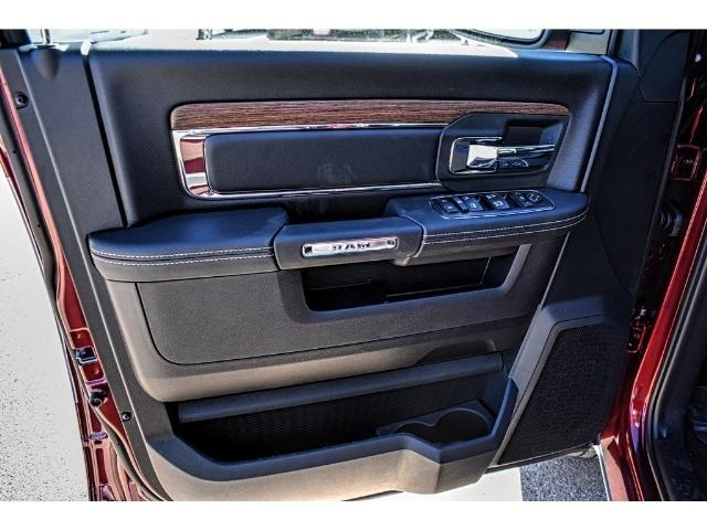 2018 Ram 1500 Crew Cab 4x4 Pickup #JS164180 - photo 18